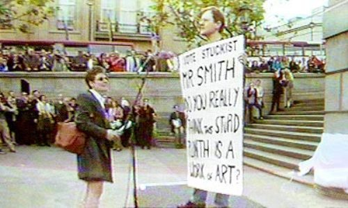 2001 stuckist trafalgar square demo