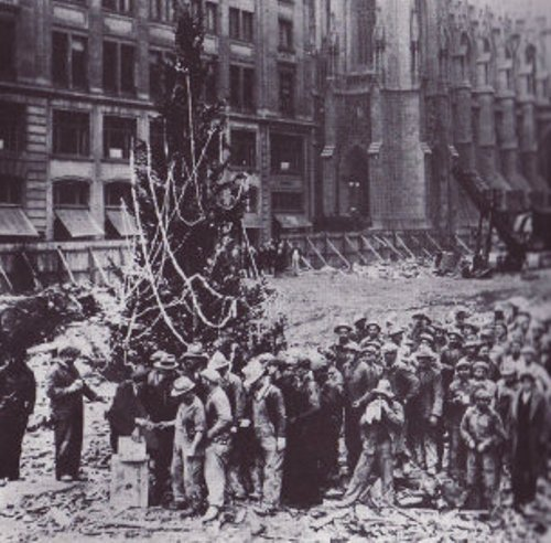 Facts about The Rockefeller Christmas Tree
