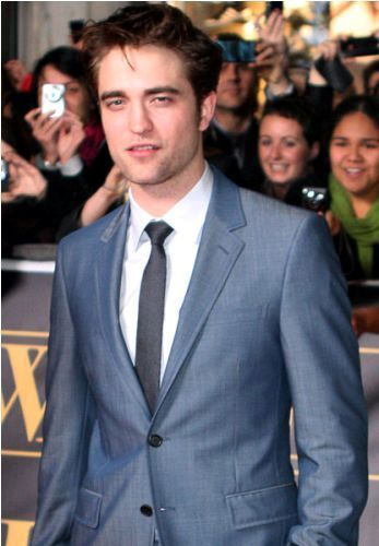 Robert Pattinson Facts