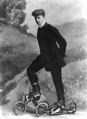 Roller Skating 1910