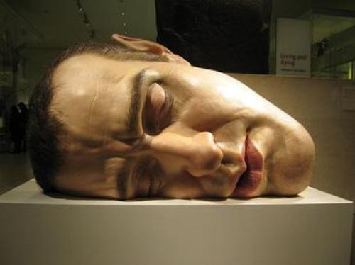 facts about Ron Mueck