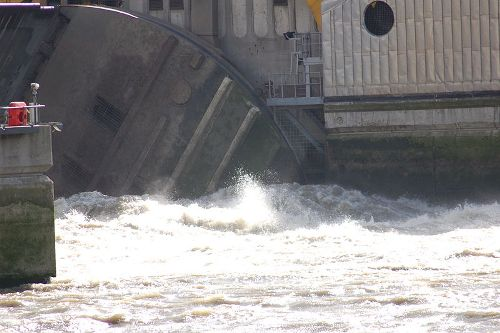 Facts about Thames Barrier
